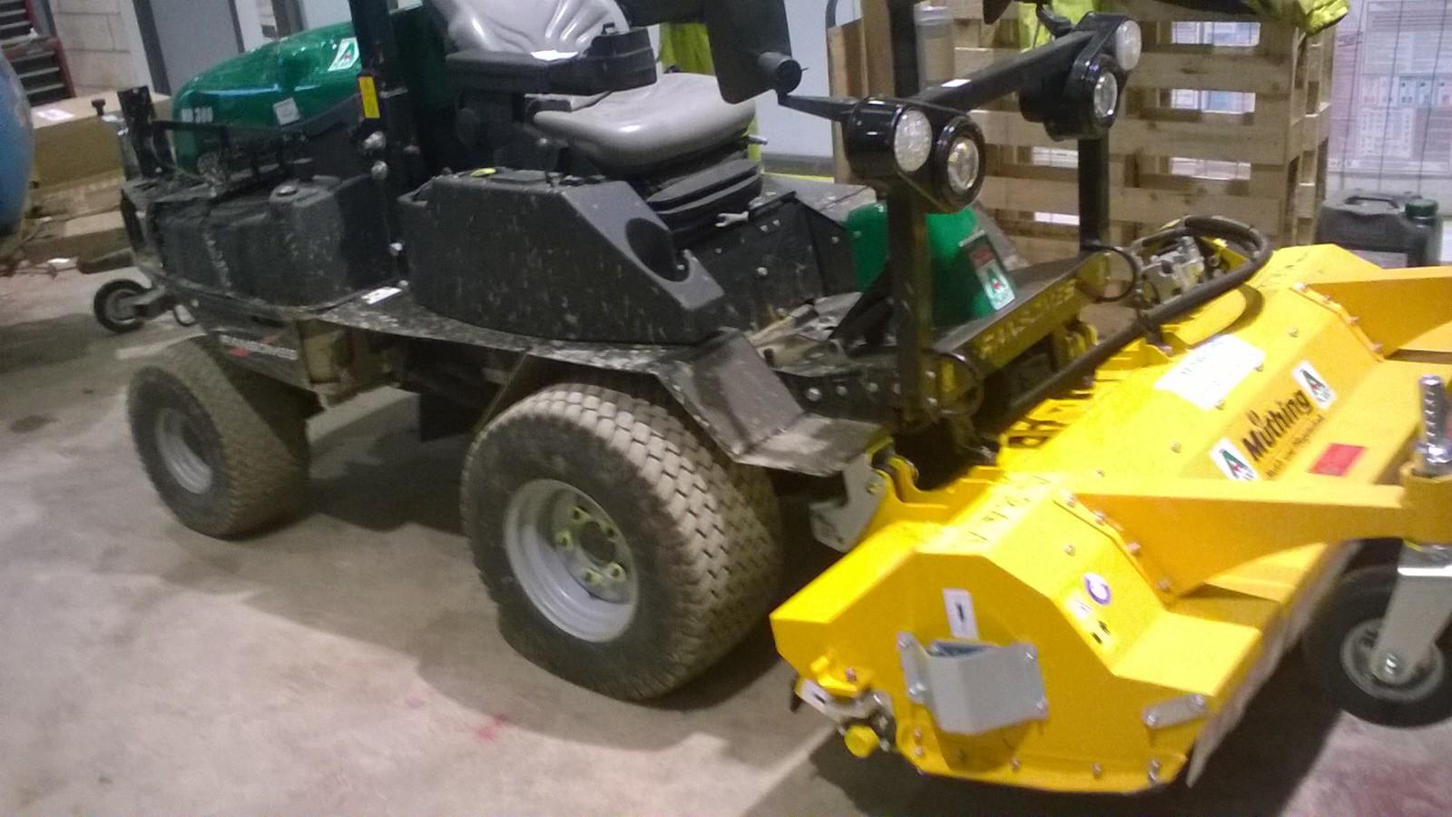 HR330D R/O Flail Mower