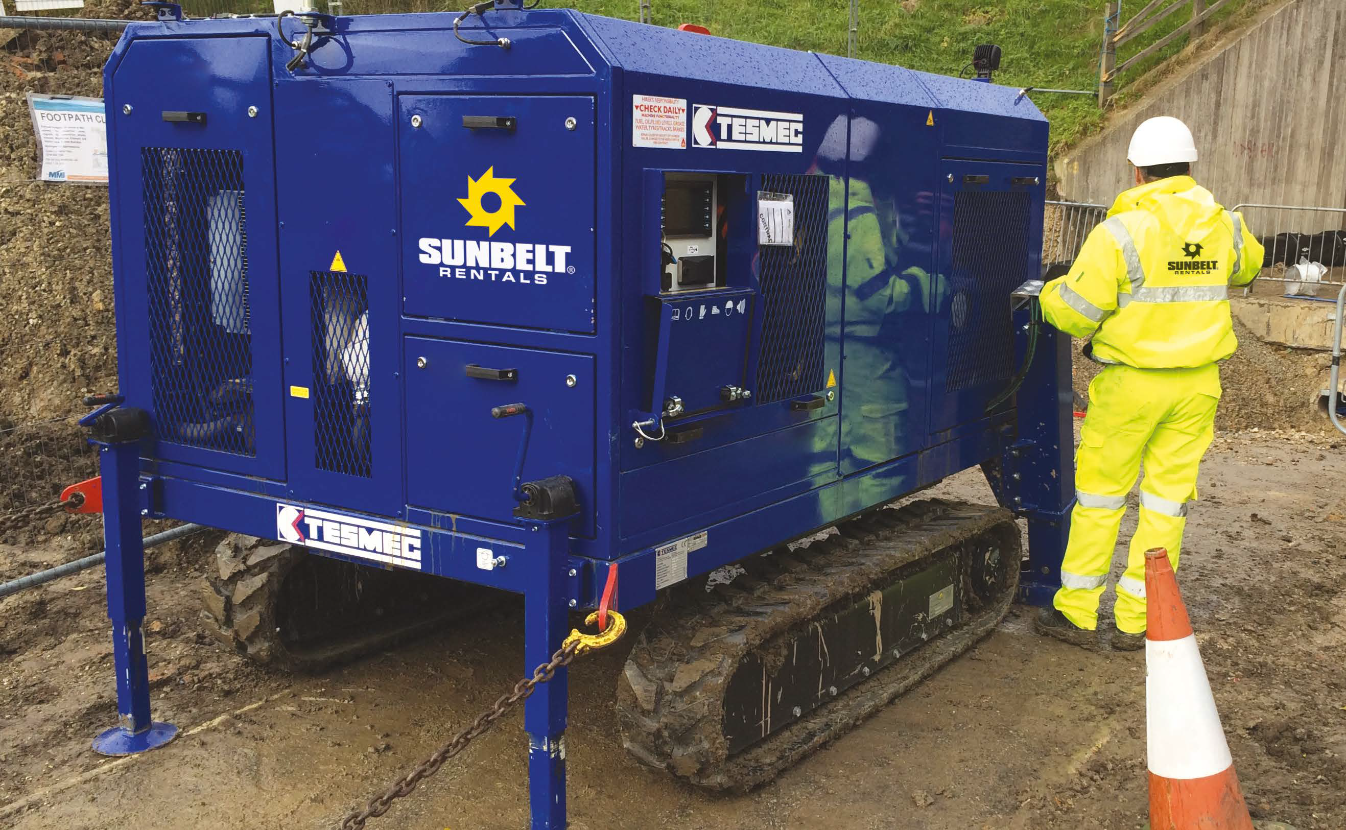 10T Tracked Winch - Diesel Upto 1500M Bond