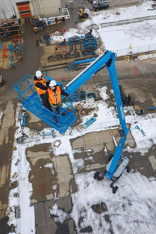 Z-135 - 43.15M (141.56Ft) Diesel Articulating Boom Lift